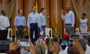 El Presidente Juan Manuel Santos posesionó este lunes, en Andagoya, Medio San Juan, Chocó, al nuevo Ministro de Ambiente y Desarrollo Sostenible, Luis Gilberto Murillo.
