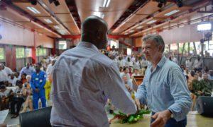 El nuevo gabinete tiene una representación muy especial: la de los afrocolombianos, destacó el Presidente Santos al posesionar al nuevo Ministro de Ambiente, Luis Gilberto Murillo, en Andagoya, Chocó.