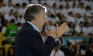 El Presidente Santos destacó que los actuales aprendices del Sena van a ser los beneficiarios de la transición para llevar al país a los nuevos objetivos de la paz.