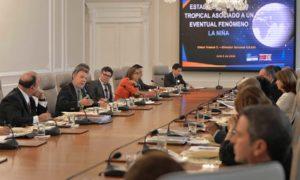 El Presidente Juan Manuel Santos expone el plan del Gobierno Nacional para afrontar los posibles efectos de un Fenómeno de la Niña en el país, durante el Consejo de Ministros realizado este martes en la Casa de Nariño.