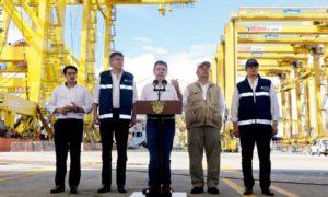 Cuando todo esté acordado con las Farc, convocaremos el plebiscito, anunció el Presidente Juan Manuel Santos al término de su visita a Buenaventura.