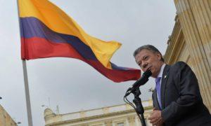 El Presidente Santos se dirigió a centenares de funcionarios públicos quienes lo homenajearon por el otorgamiento del Premio Nobel de Paz 2016.