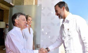 El Presidente Juan Manuel Santos y su esposa María clemencia Rodríguez, reciben al Rey de España, Felipe VI para iniciar la XXV Cumbre Iberoamericana de Jefes de Estado y de Gobierno.