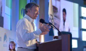 Un nuevo plan de infraestructura para Colombia proyectó el Presidente Juan Manuel Santos, al intervenir en el XIII Congreso Nacional del sector, este viernes en Cartagena.