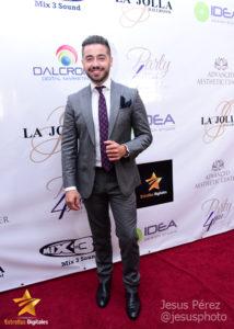 Borja Voces Lara en la alfombra roja de Premios Estrellas Digitales