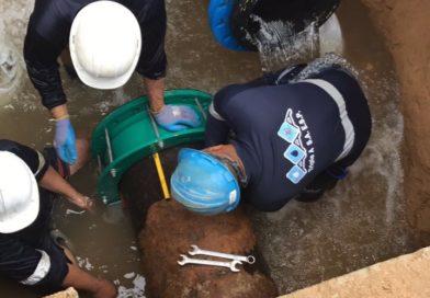 Triple A: Debido a las lluvias  y al arroyo de la calle 76 se ha dificultado la reparación de las tuberías