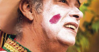 Falleció Humberto Pernett, director de la Danza del Cipote Garabato