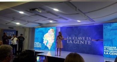 Candidata @elsanoguerabaq promete repetir el modelo de Barranquilla, Superpuerto @SPBC_SA y reciclaje moderno en el Atlántico, vía @TecnoglassSA La @_VentanaAlMundo