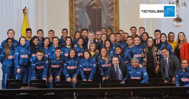 Presidente @IvanDuque aspira a ver el patinaje en los @juegosolimpicos, dijo a nuestros reyes del #WorldRollerGames de Barcelona, España, vía @_VentanaAlMundo