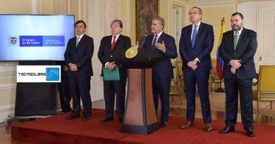 """""""Desde hoy, hijos de venezolanos nacidos en Colombia son colombianos"""": Presidente @IvanDuque, vía @_VentanaAlMundo"""