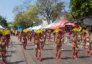 Se lucieron @mirandatorresro,@IsacRodriguezBa y sus legiones de participantes en el desfile del @CarnavalDeNinos de @Carnaval_SA