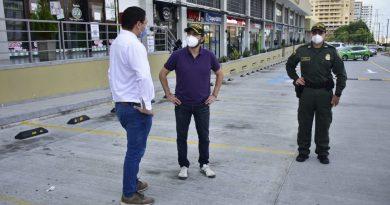 Alcalde @jaimepumarejo felicita a la ciudad por comportamiento positivo en  Día sin Iva
